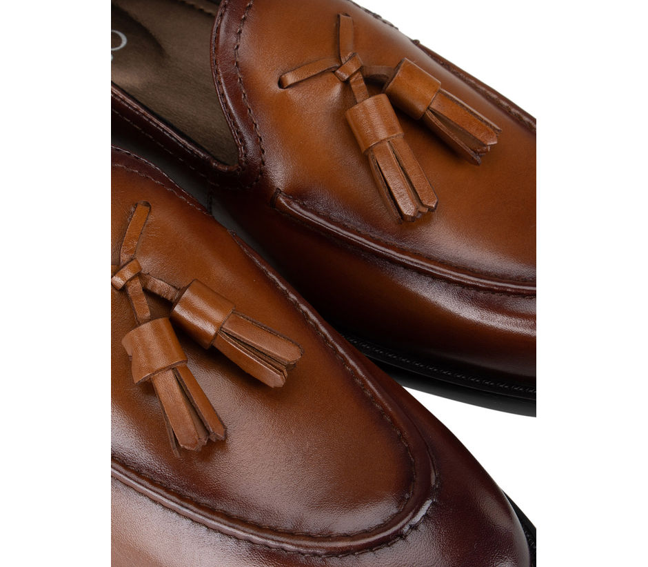 Tan Dual Tone Loafers With Tassels