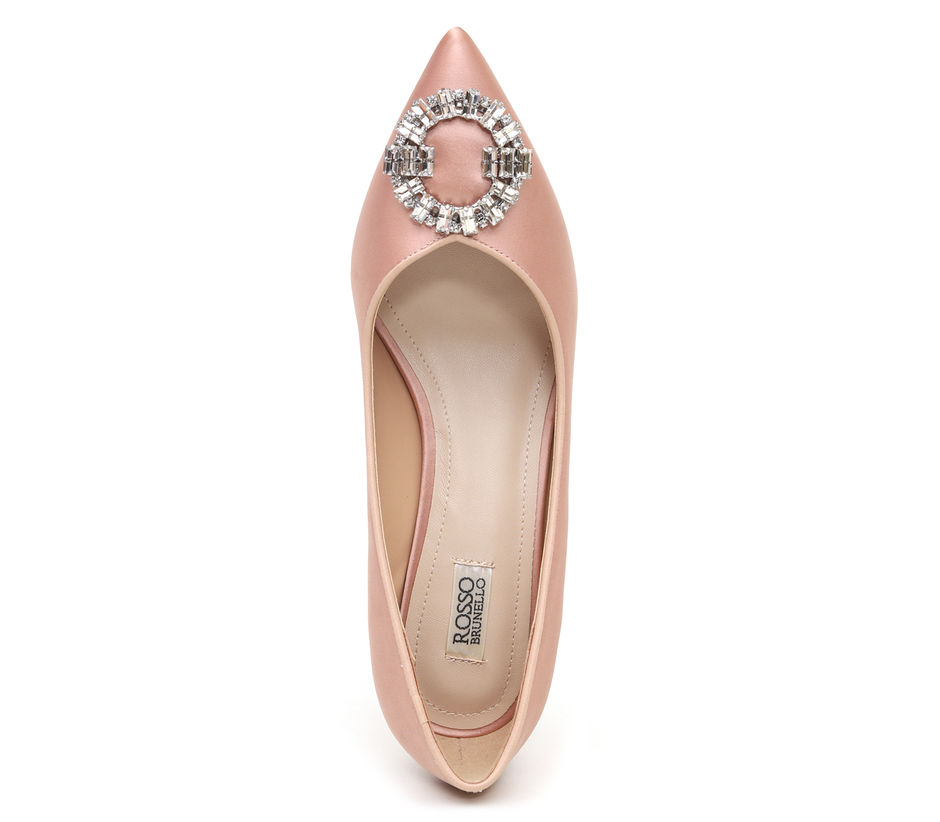 CHAMPAGNE HEELS WITH STUDDED BUCKLE
