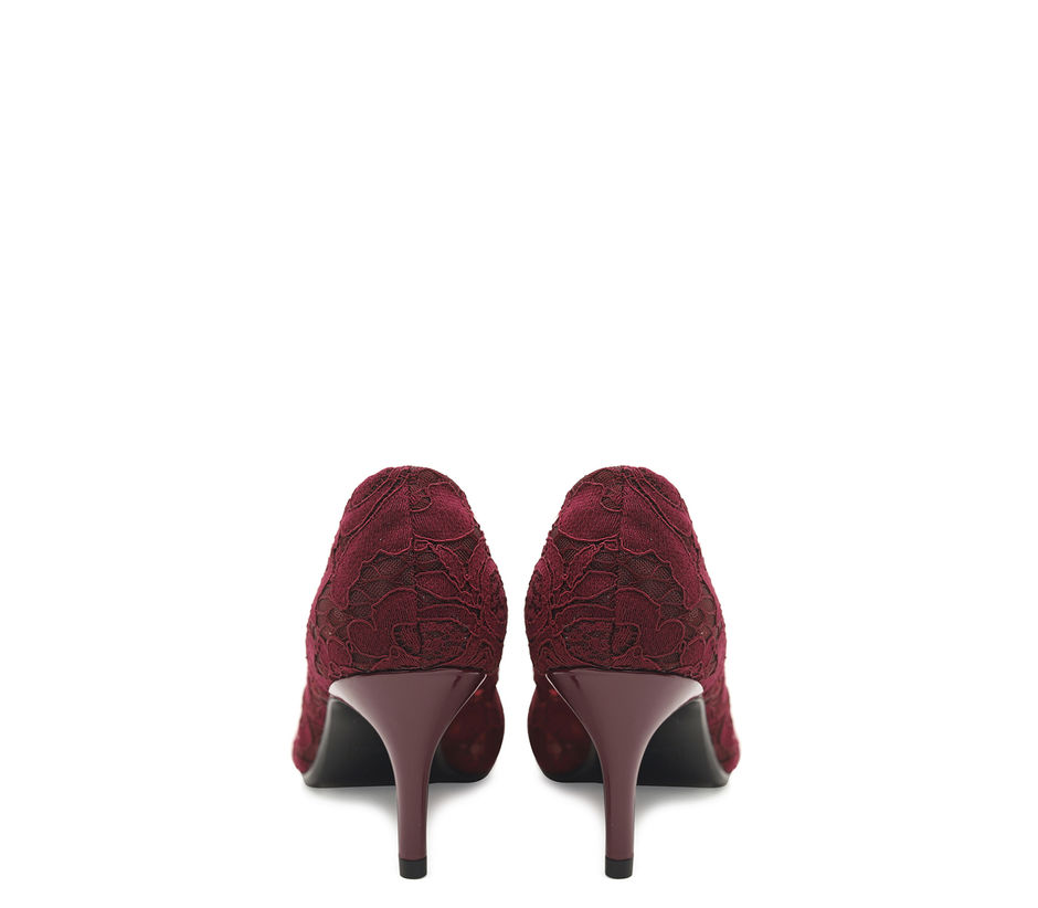 Pointed Toe Laced Heels