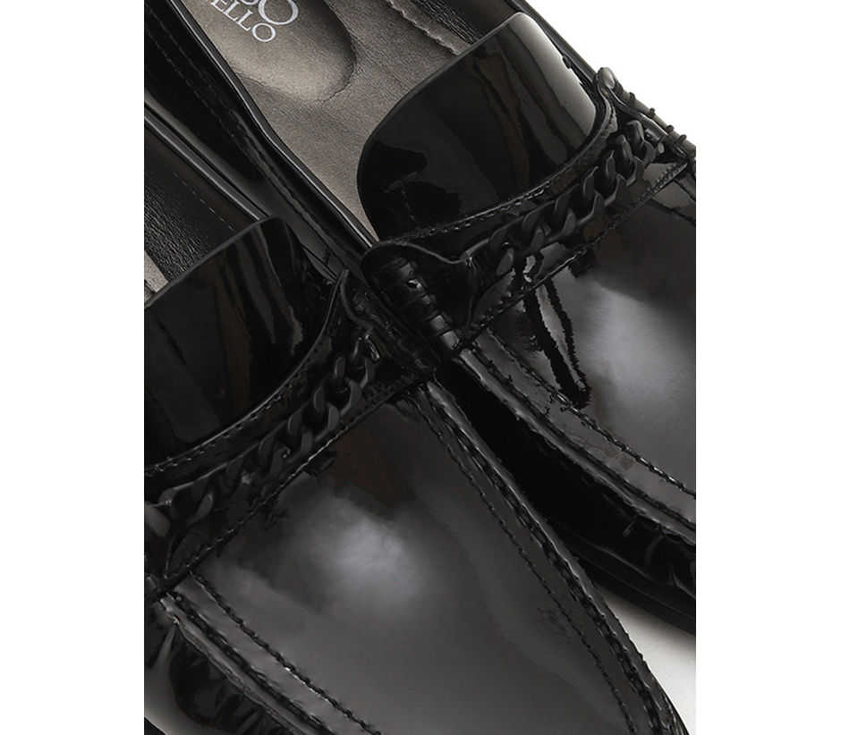 Chained Patent Shine Loafers