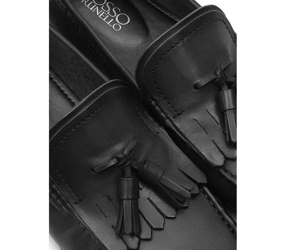 Plain Black Moccasins With Leather Tassles