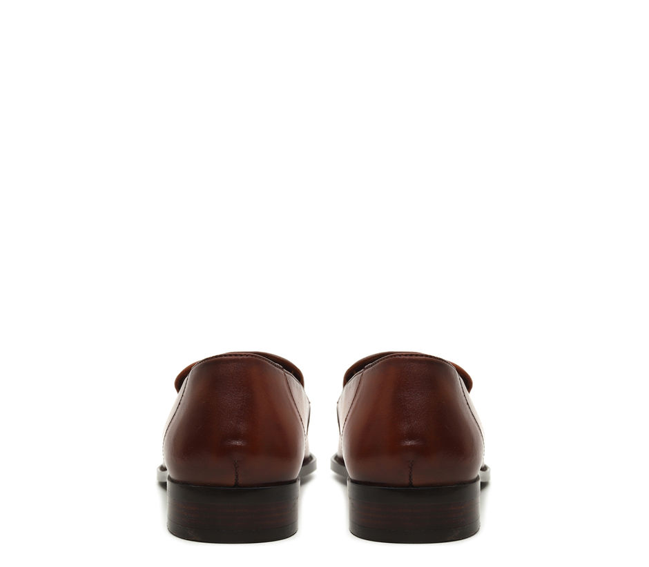Plain Tan Loafers With Tassles