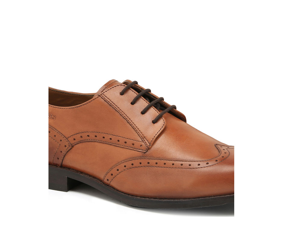Ergotech Classic Lace-ups with Brogue detailing - Tan