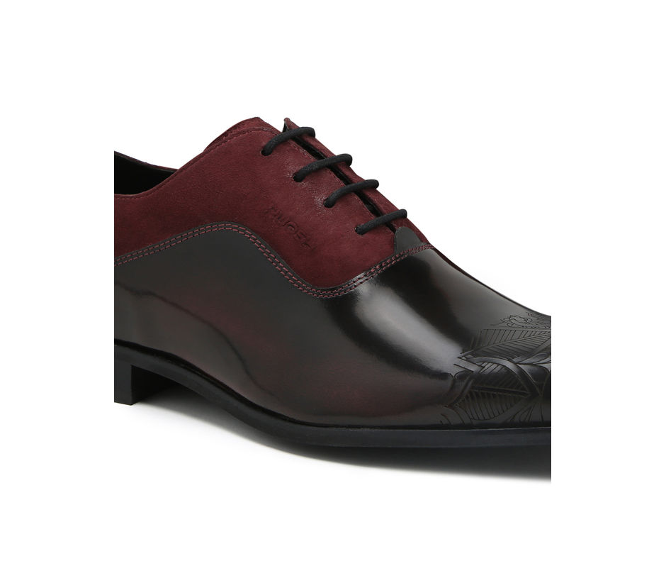 Occasion Lace-ups wit laser detailing - Red